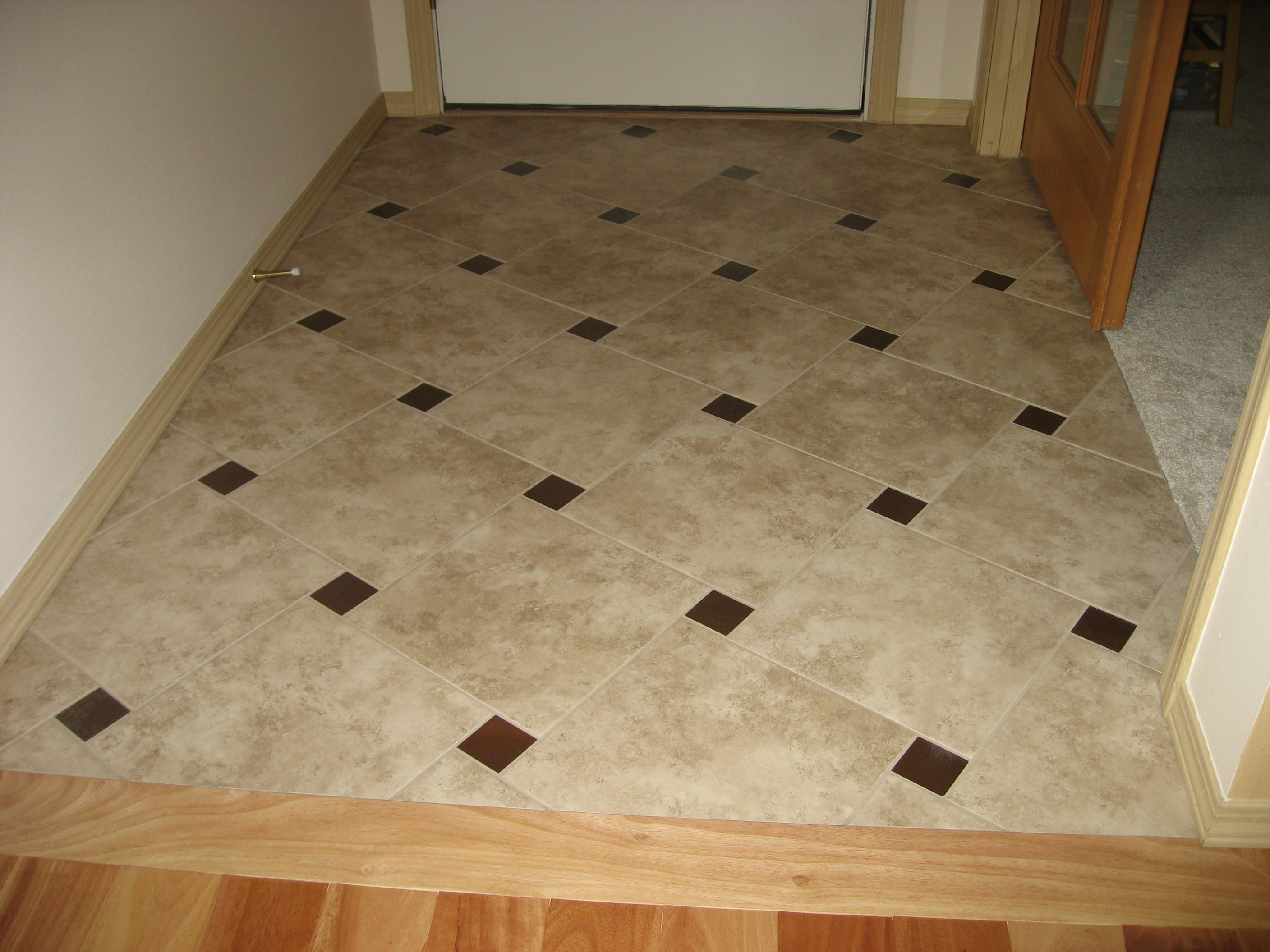 Entry floor photos gallery seattle tile contractor irc for Floor decoration ideas