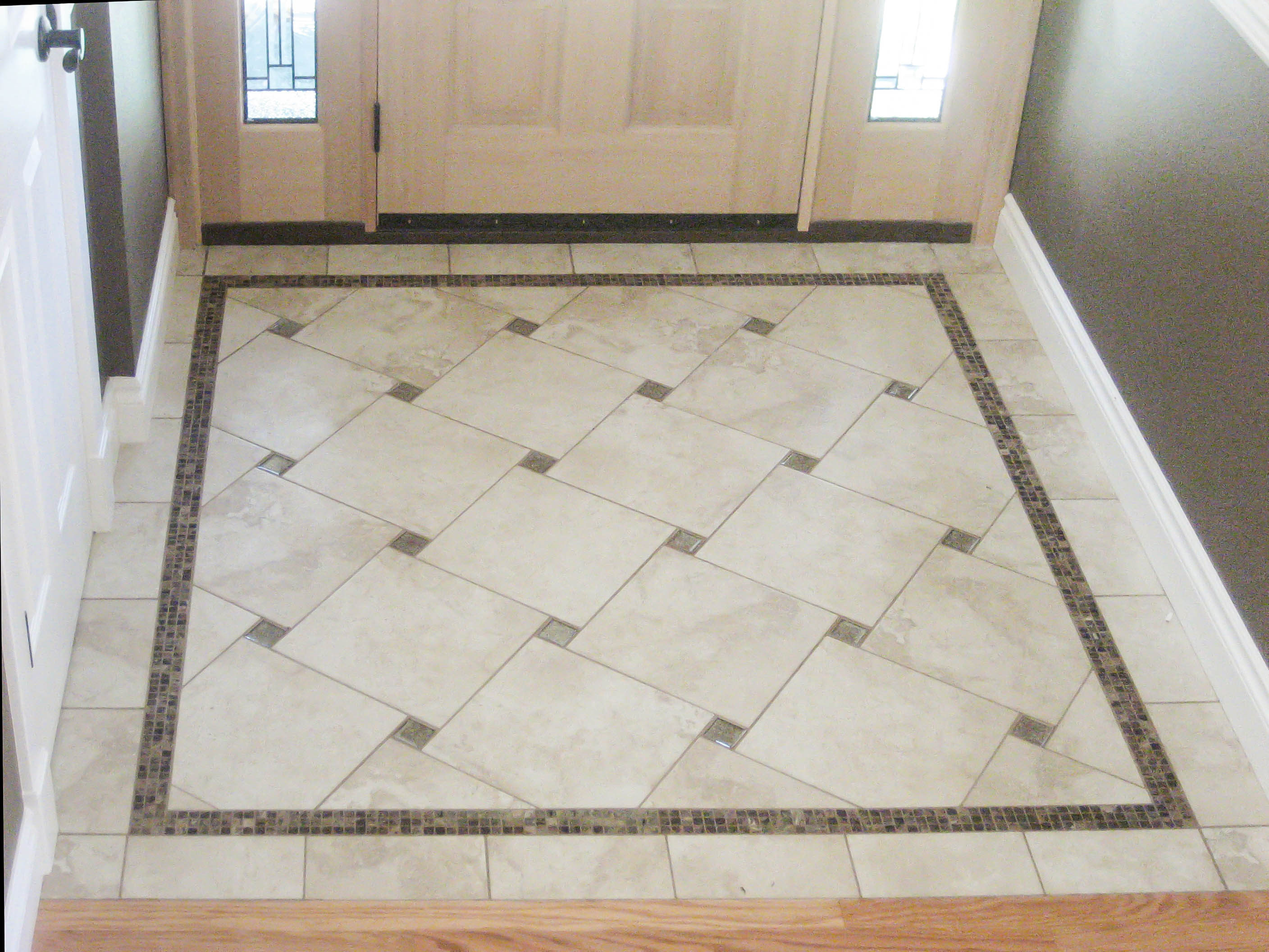 Entry Floor Photos Gallery - Seattle Tile Contractor | IRC Tile Servic