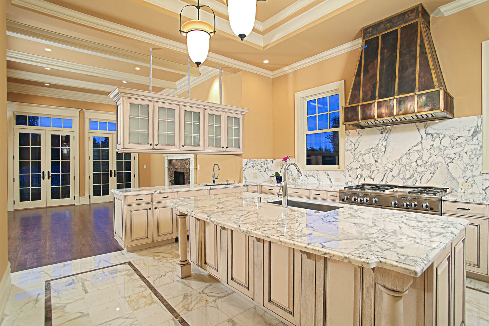 Kitchen floors gallery seattle tile contractor irc for White marble floor designs