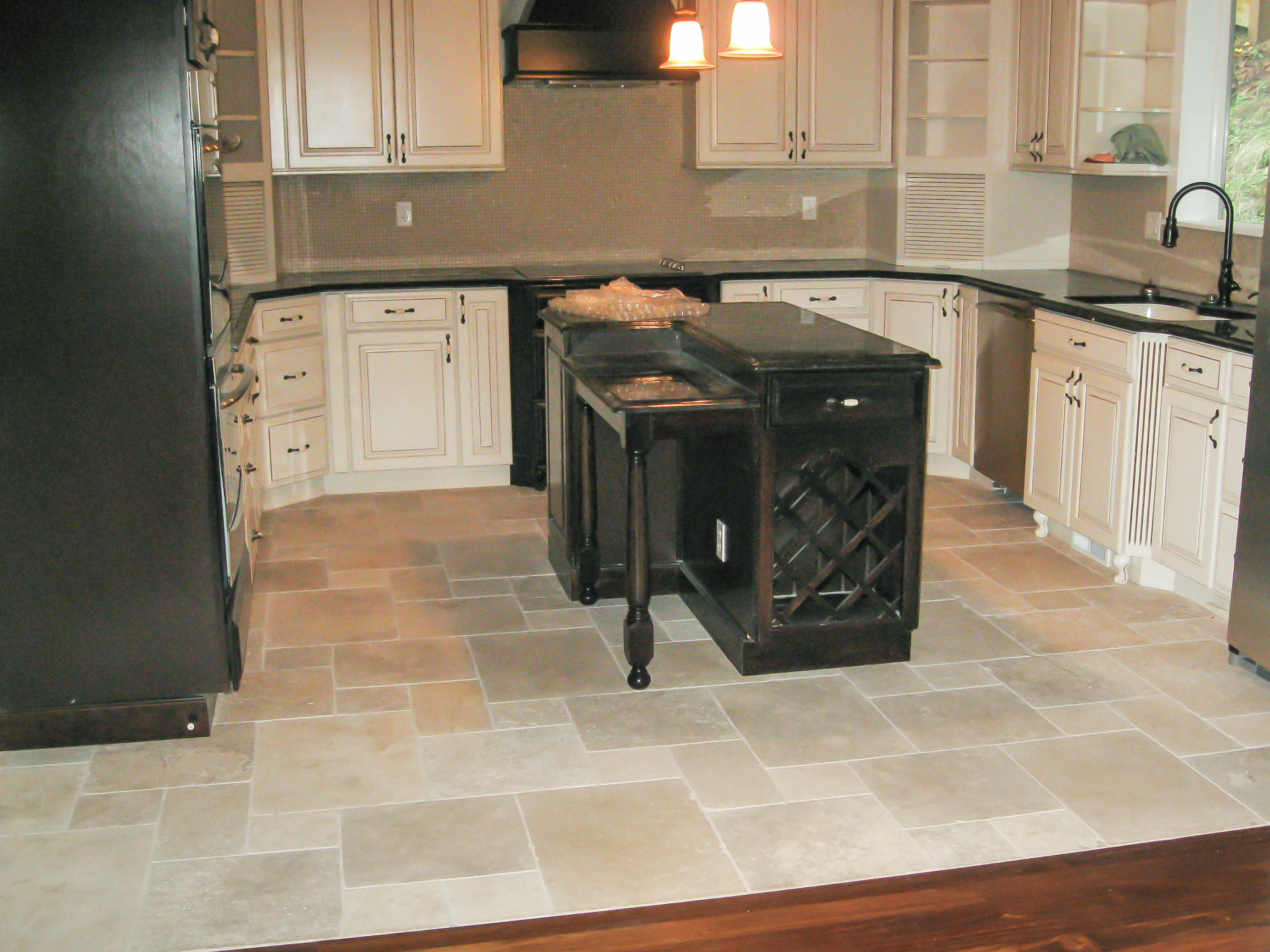 Delectable White Kitchen Cabinets Slate Floor Gallery Travertine Tile Kitchen Kitchen Floors