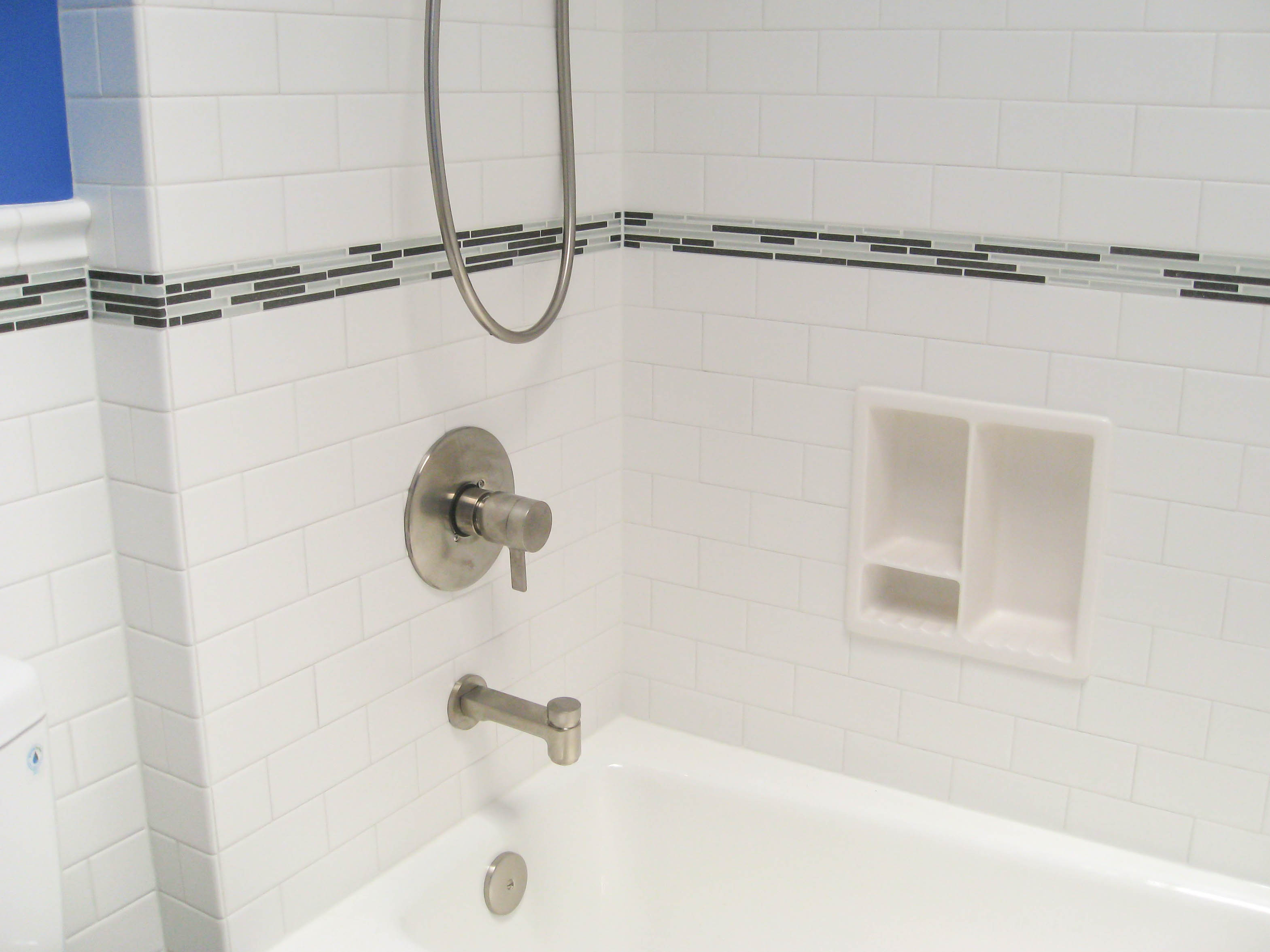 bathroom-tub-surround-5c